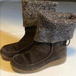 Women's 7 North Face boots